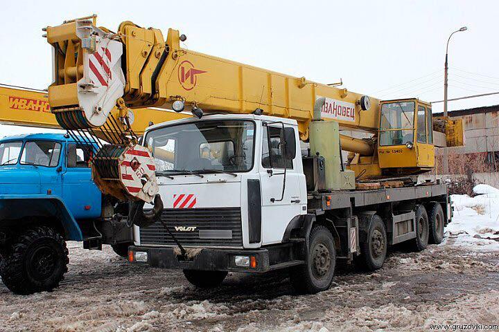 Автокран Ивановец  50 тонн 34 метра