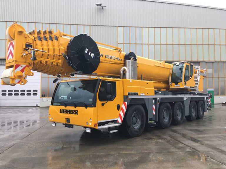 Автокран Liebherr  250 тонн 72 метра