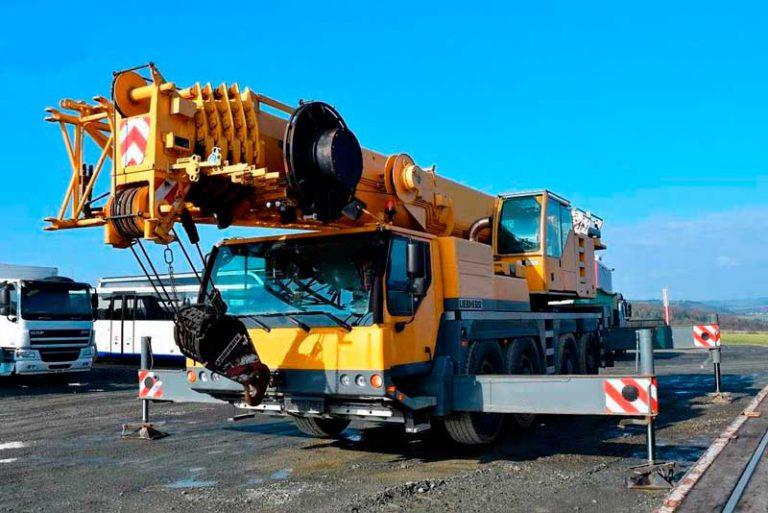 Автокран Liebherr  90 тонн 52 метра