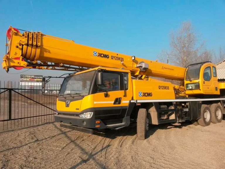 Автокран XCMG  25 тонн 38 метров